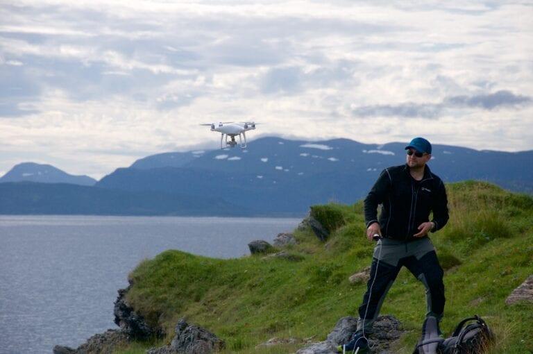 Fieldwork using multicopter II Photo Frank Beuchel Akvaplan-niva